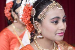 Bharat-Natyam-Poses-10
