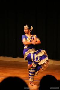 Bharat-Natyam-Poses-13
