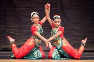 Bharat-Natyam-Poses-19
