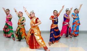 Bharat-Natyam-Poses-2