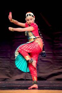 Bharat-Natyam-Poses-22