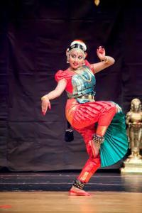 Bharat-Natyam-Poses-24