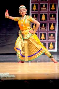 Bharat-Natyam-Poses-26