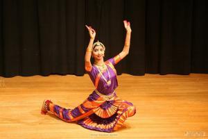 Bharat-Natyam-Poses-7