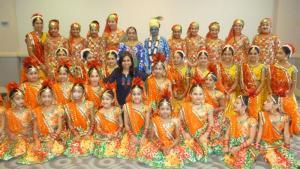 Naya-Andaz-2012-Holi-Re-and-Silsila-19