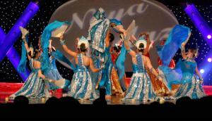 Naya-Andaz-2012-Holi-Re-and-Silsila-9